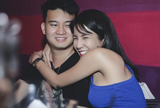 Phản ứng bất ngờ của Diệp Lâm Anh trước tin kết hôn đại gia Sài thành - hình ảnh 1