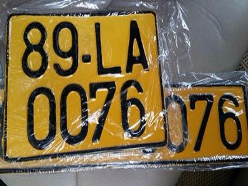 Đề xuất chuyển biển số xe ô tô từ trắng sang vàng - hình ảnh 1
