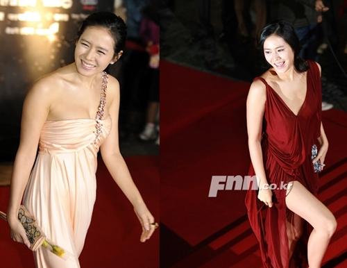 """12 bộ váy gợi cảm nhất của """"chị đẹp"""" Son Ye Jin - hình ảnh 12"""