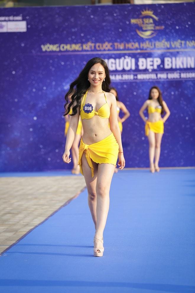 """Tình cũ 3 năm của Lê Hiếu khoe đường cong trong phần thi """"Người đẹp bikini"""" - hình ảnh 8"""