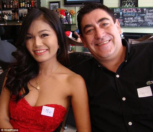 Người đàn ông Tây đá vợ Thái Lan tới chết - 1