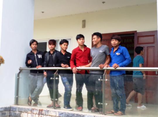Giải cứu 11 thanh niên trốn chạy khỏi mỏ vàng - hình ảnh 1