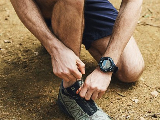 Casio giới thiệu đồng hồ thông minh giá mềm, chống chịu tốt