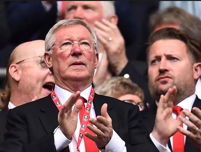 """Sir Alex Ferguson - MU: """"Bố già"""" đáng kính của sân Old Trafford - 1"""