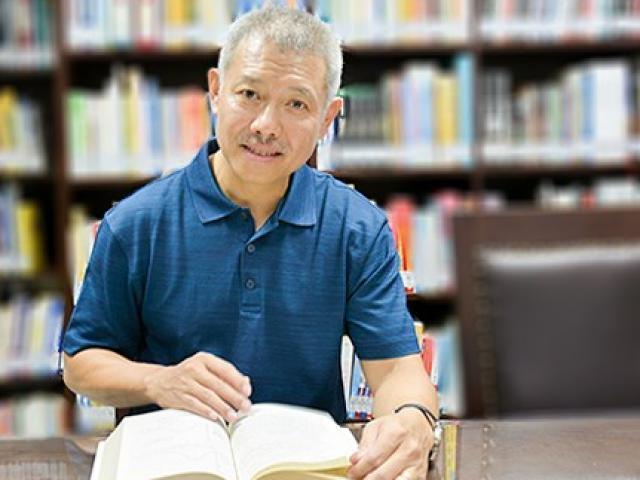 Không đủ điều kiện làm hiệu trưởng, GS Trương Nguyện Thành rời ĐH Hoa Sen