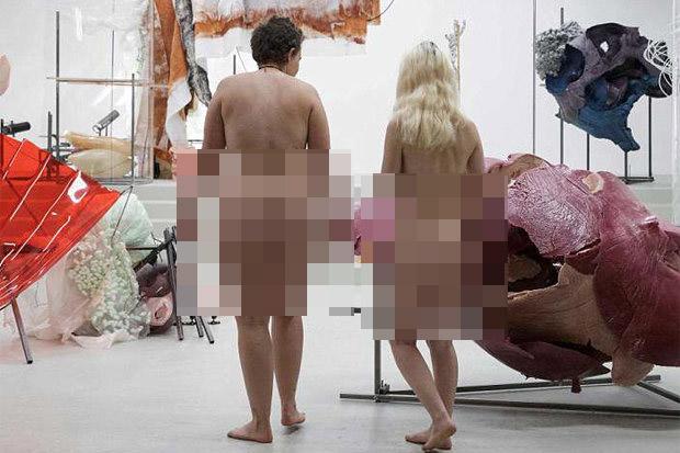 Bảo tàng Pháp lần đầu mở cửa cho người khỏa thân - 1
