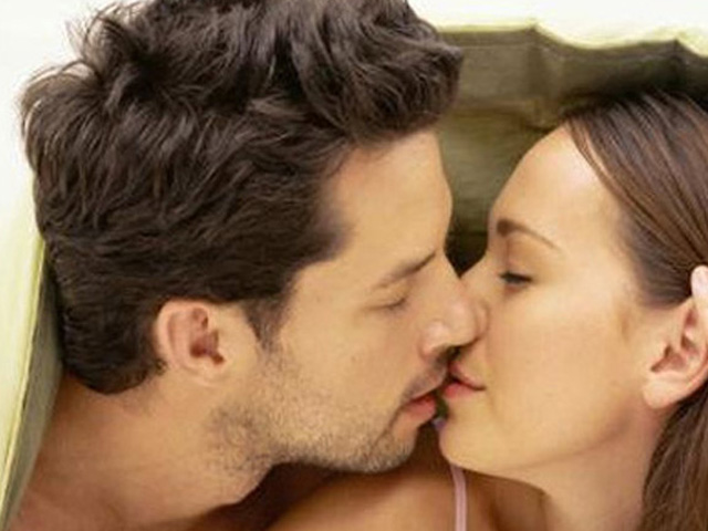 Chuyên gia chia sẻ bí quyết giúp kéo dài cuộc yêu - 1