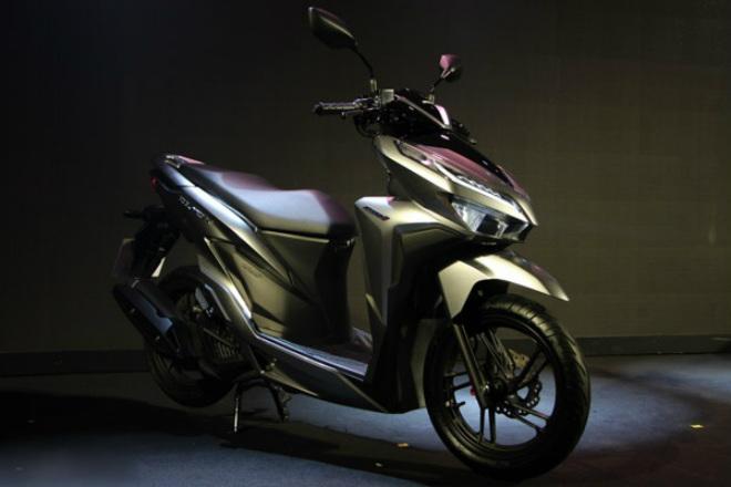 Thích xe ga Thái, chọn Honda Click 150i hay Yamaha Aerox 155 ABS? - 1