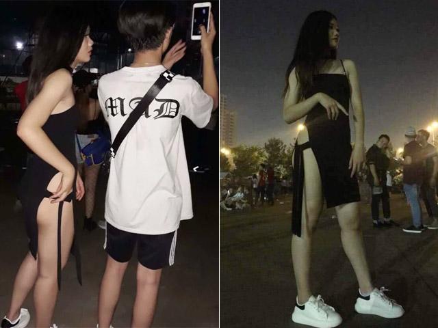 """Gái trẻ ăn mặc mát mẻ đi xem nhạc bị """"ném đá"""" dữ dội"""