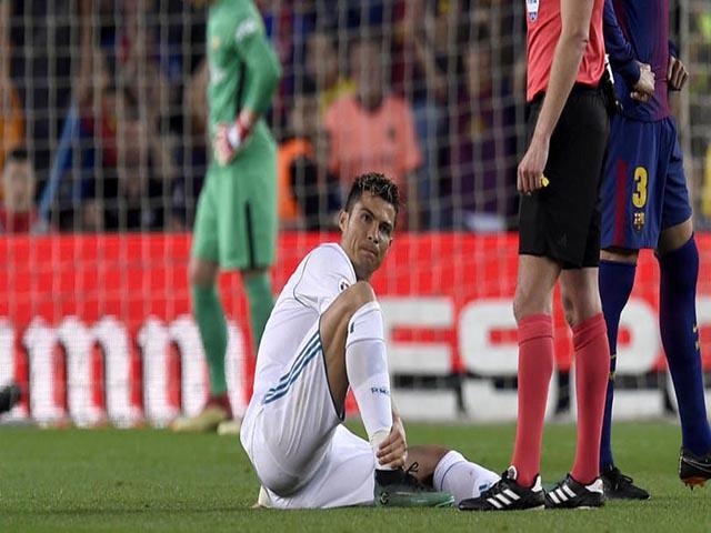 Ronaldo chấn thương: Bác sỹ tiết lộ sốc, lo CR7 mất World Cup