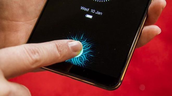 Apple vẫn theo đuổi máy quét vân tay nhúng vào màn hình cho iPhone - 1