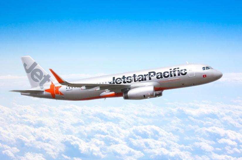 Máy bay quay đầu khẩn cấp vì thai phụ bị xuất huyết - 1