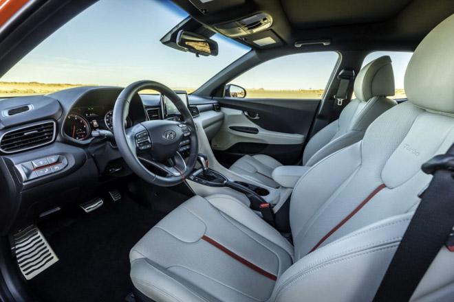 Hyundai Veloster 2019 công bố giá bán từ 420 triệu đồng - 7