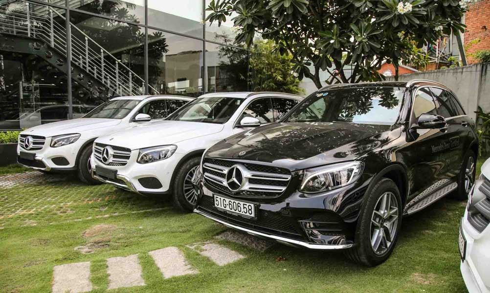 """Mercedes-Benz Việt Nam """"bất ngờ"""" tăng giá 11 mẫu xe: Mức tăng cao nhất 400 triệu đồng - 2"""