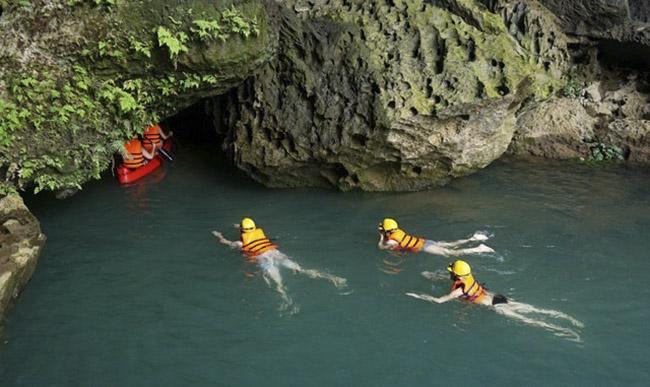 Về Quảng Bình khám phá những hang động nổi tiếng thế giới - 6