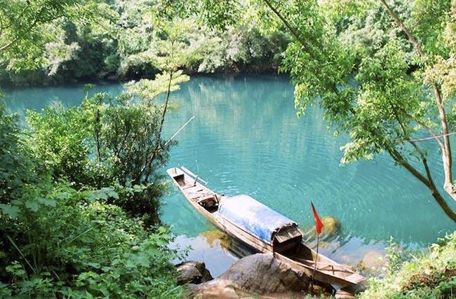 Về Quảng Bình khám phá những hang động nổi tiếng thế giới - 3