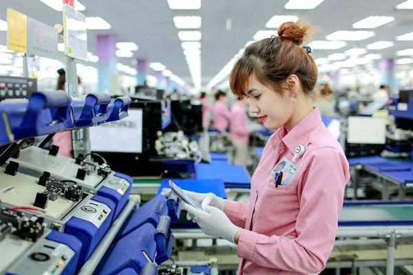 Xuất nhập khẩu điện thoại bất ngờ đồng loạt giảm trong tháng 5 - 1