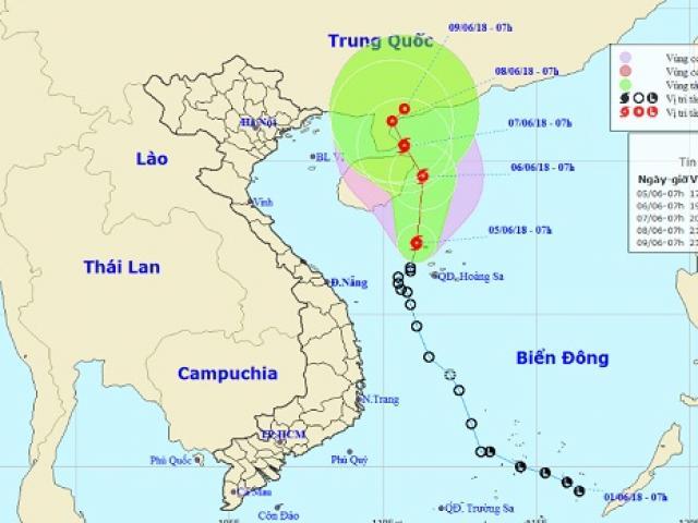 Biển Đông hứng bão số 2, gió giật điên cuồng ở quần đảo Hoàng Sa
