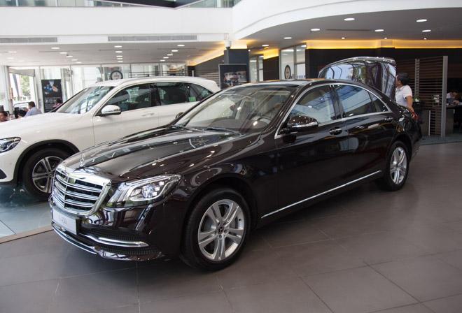 """Mercedes-Benz Việt Nam """"bất ngờ"""" tăng giá 11 mẫu xe: Mức tăng cao nhất 400 triệu đồng - 1"""