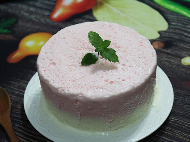 Làm kem bằng máy xay sinh tố cực dễ, trẻ con cũng làm được