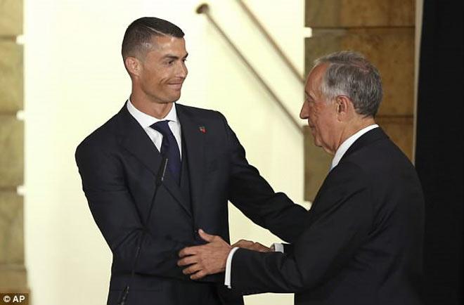 """Ronaldo - Bồ Đào Nha nhận """"doping đặc biệt"""", mơ kì tích World Cup - 1"""