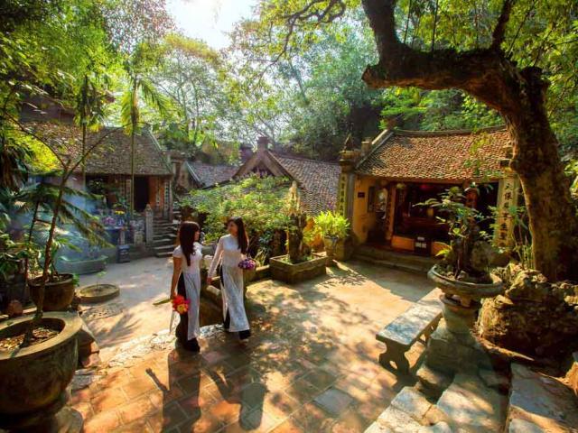 Chùa Thầy – địa điểm dã ngoại tuyệt vời ngay gần trung tâm Hà Nội