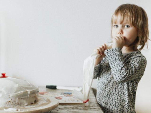 Những cụm từ giúp bố mẹ dạy con bướng bỉnh mà không cần quát mắng