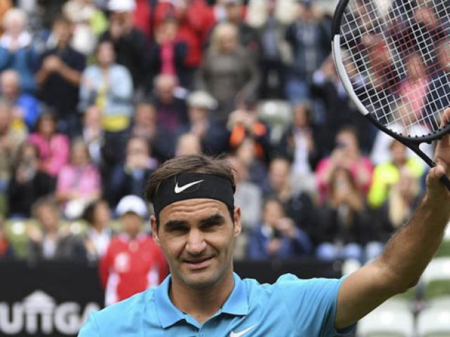 """Federer vẫn cực """"thần thái"""": Trái một tay ngọt hơn đường"""