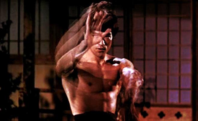 Bí mật Lý Tiểu Long: Múa quyền nhanh hơn máy, bẻ gãy tay Thành Long - 1