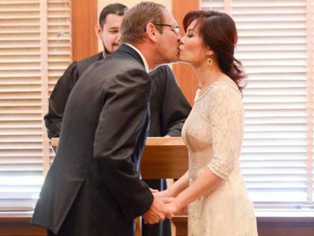Ngọc Anh 3A bất ngờ kết hôn với doanh nhân Tây sau khi ly hôn 1 năm