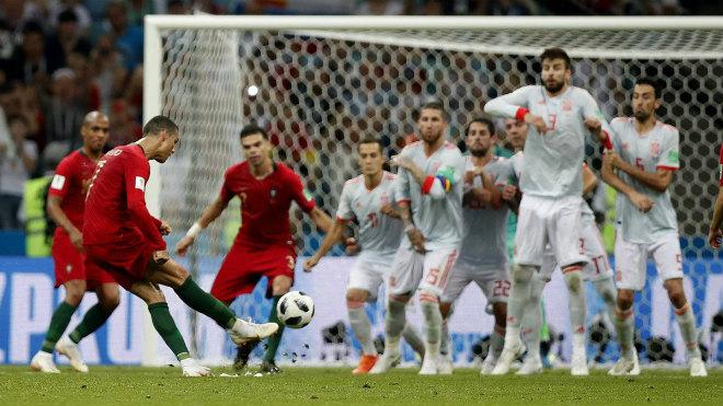 """Đáp trả án tù trốn thuế """"siêu nhân"""" Ronaldo lập hat-trick, TBN choáng váng - 1"""