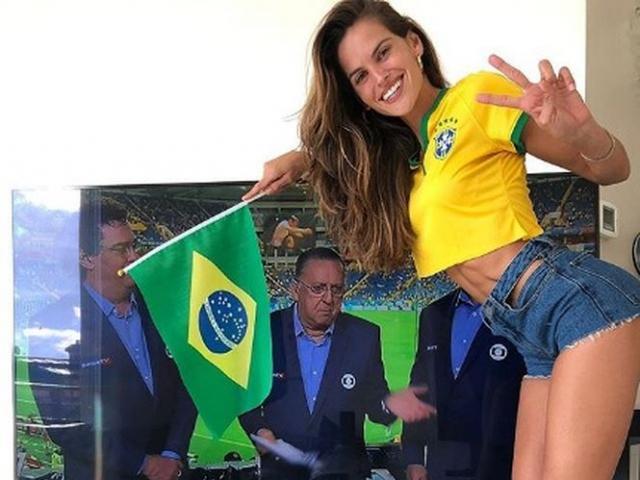 Hòa Thụy Sĩ, Brazil vẫn được dàn thiên thần nội y cổ vũ