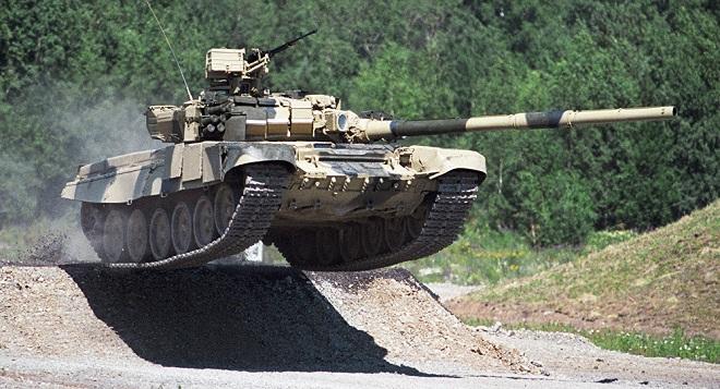 Lý do lữ đoàn chủ lực Iraq thay thế xe tăng Mỹ bằng T-90 Nga - 1