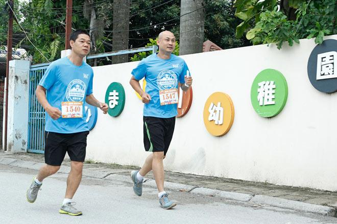 """Hanoi Marathon 2018 - Bùng cháy """"đam mê chạy bộ"""" cùng nhà tài trợ 361º - 1"""