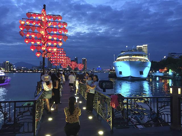 6 cây cầu đưa Đà Nẵng ra biển lớn khiến ai cũng khao khát được ghé thăm - 6