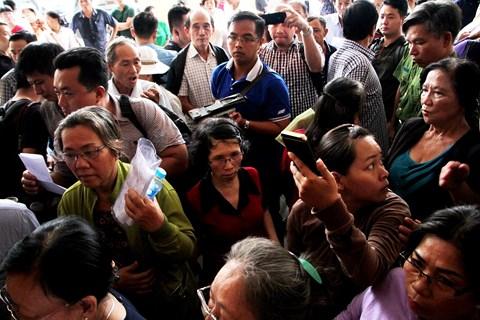NÓNG: Bí thư Nguyễn Thiện Nhân đã tới tiếp xúc cử tri Thủ Thiêm - 1