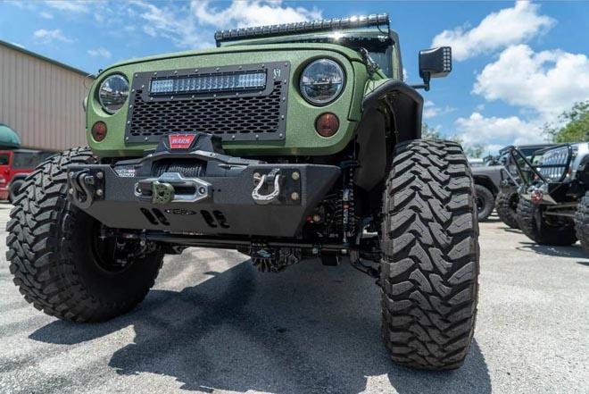 """SUV Jeep Wrangler """"biến hình"""" với bản độ 6 bánh - 11"""