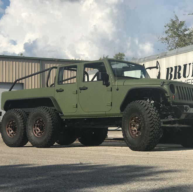"""SUV Jeep Wrangler """"biến hình"""" với bản độ 6 bánh - 7"""