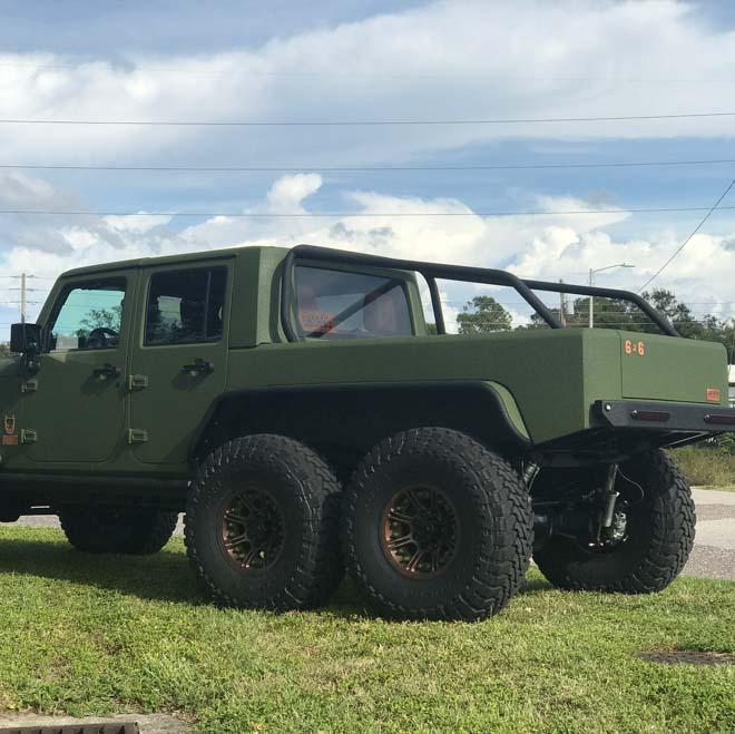 """SUV Jeep Wrangler """"biến hình"""" với bản độ 6 bánh - 8"""