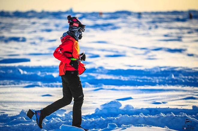 Người phụ nữ Việt Nam đầu tiên chạy marathon ở Bắc Cực - 1