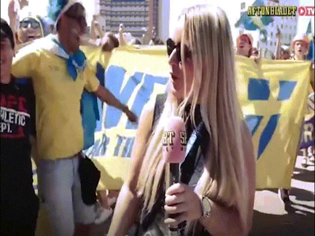 Nữ phóng viên Thụy Điển bị ôm, hôn khi trực tiếp World Cup