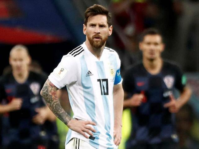 """Argentina đá """"chung kết"""" Nigeria: Messi đụng phải """"Hung thần cú đúp"""""""