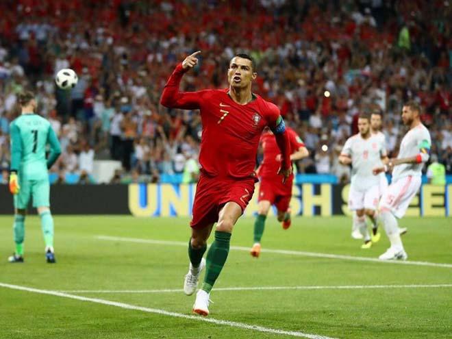 """""""Ông trùm"""" Ronaldo: Vua của các vị vua, Uruguay khiếp đảm đôi chân thần tốc - 1"""