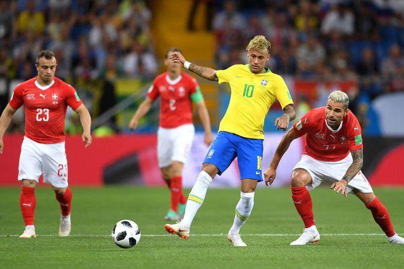 4 người thiệt mạng vì tranh chỗ xem World Cup - 1