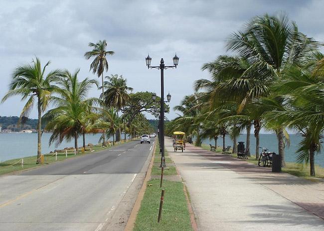 Các cầu thủ Panama đáng gờm trên sân cỏ nhưng quê hương họ lại đẹp thanh bình thế này - 4
