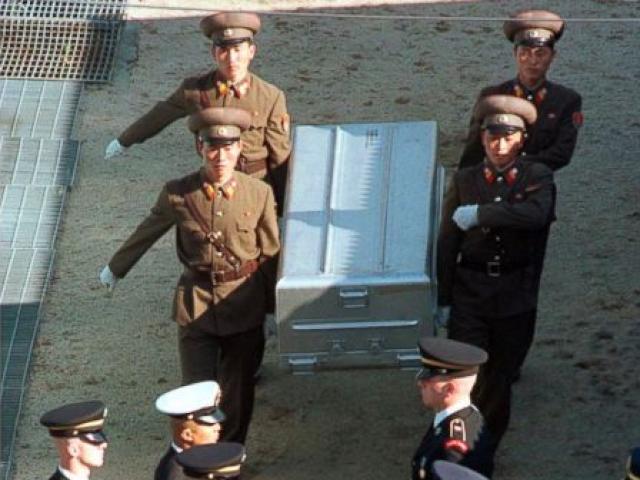 Mỹ đưa 100 quan tài tới biên giới Triều Tiên