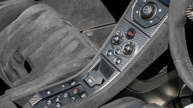 """Chiêm ngưỡng McLaren 675 LT với lớp sơn """"tắc kè hoa"""" cực độc đáo - 13"""