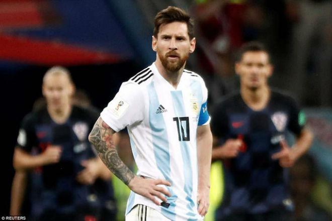 """Maradona cứu Argentina: Messi thâm hiểm, """"Cậu bé vàng"""" gánh họa World Cup - 1"""