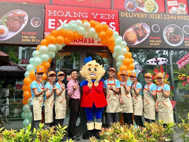 Thưởng thức Hoàng Yến Express - Món Việt ăn nhanh, tiện lợi, an toàn - 1