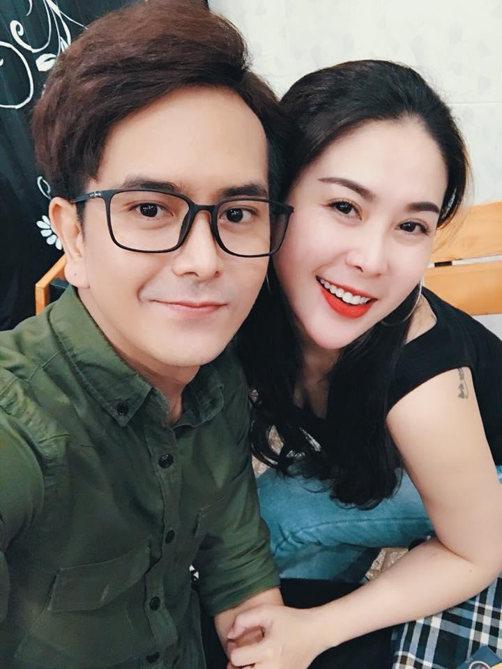 Người yêu sexy cảm ơn vợ cũ Hùng Thuận không ích kỷ chuyện con riêng - 1